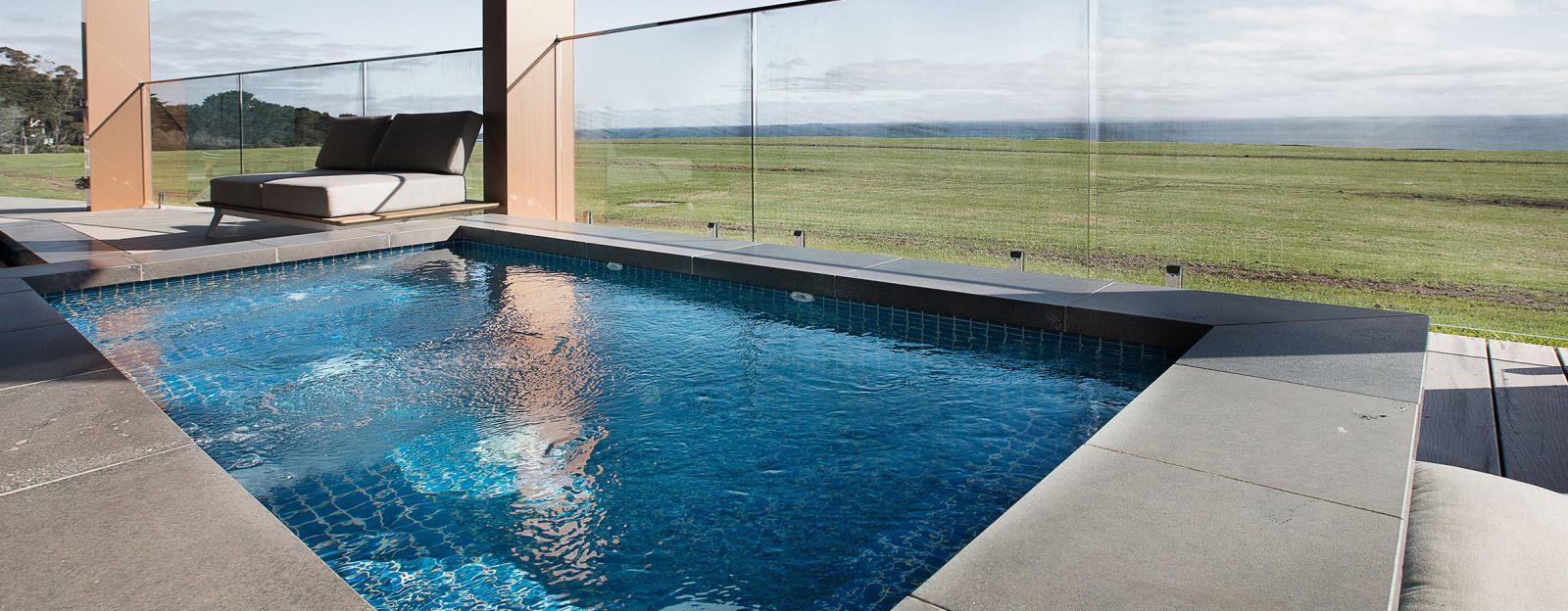 20 swimming pool builders mornington peninsula decor23 for Concrete pool builders