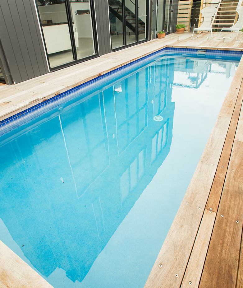 sloping block pools