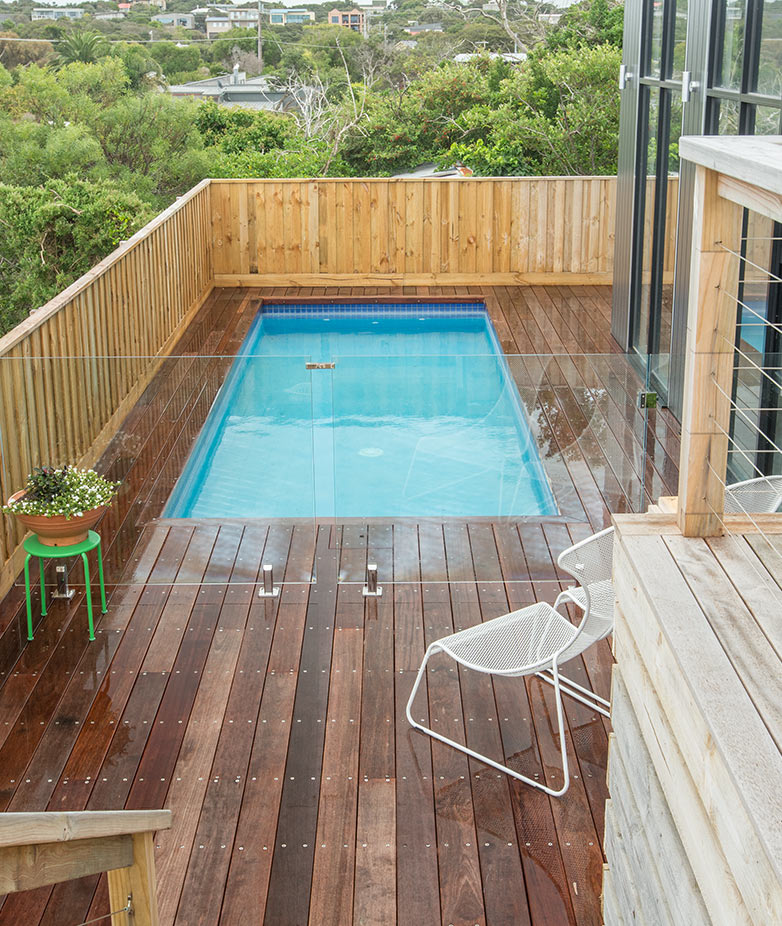 sloping block pool melbourne